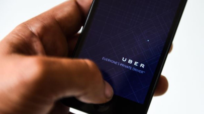 Los autos de Uber y Lyft deberán tener un permiso especial para poder us...