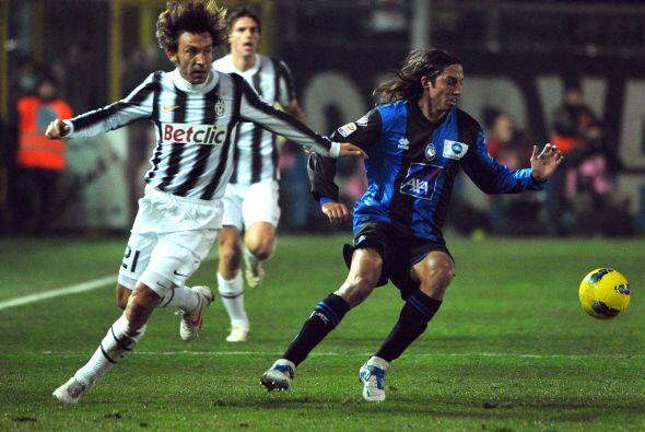 Otro argentino que estuvo en el Atalanta fue Ezequiel Schelotto, ahora n...