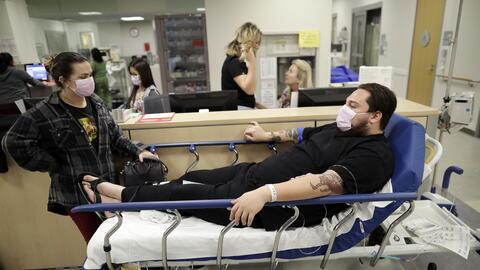 La cifra de hospitalizaciones por influenza sigue aumentando.