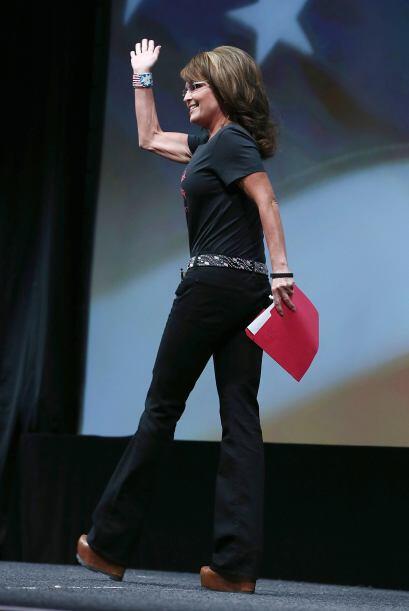 La ex gobernadora de Alaska y ex candidata a la vicepresidencia Sarah Pa...