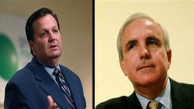 El Alcalde de Hialeah Julio Robaina y el ex comisionad Carlos Gimenez am...