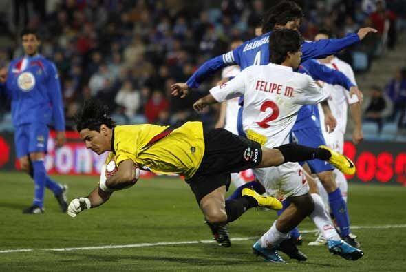 El Mallorca comenzó dominando, pero el equipo 'azulón' aguantó bien.