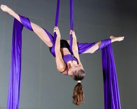Telas, aros, arneses y trapecios que se encuentran a más de cinco metros...