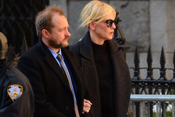 Cate Blanchett se ha mostrado solidaria con la familia del actor. Más vi...