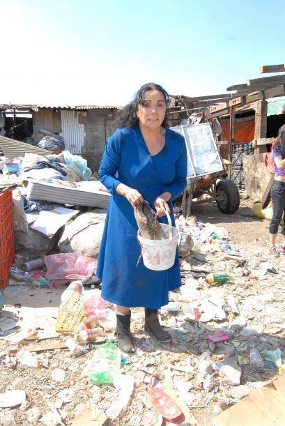 La actriz Socorro Bonilla mostrando siempre su profesionalismo en escena.
