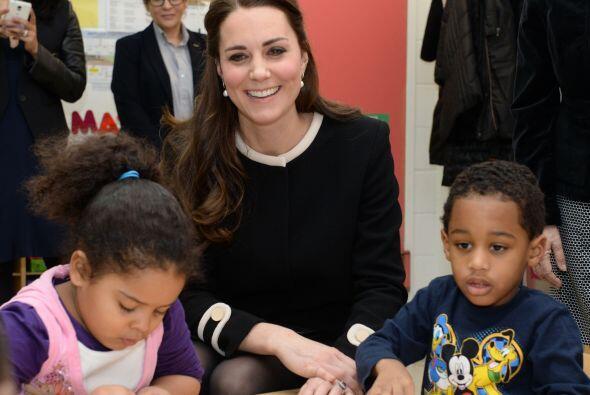 Y como Kate está muy comprometida con la causa, tanto en su país, como a...