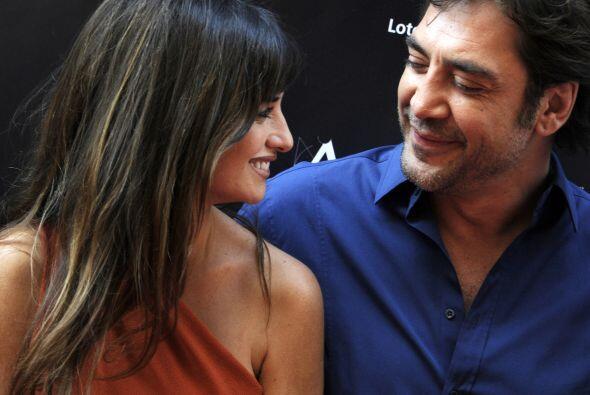 Javier Barden y Penélope CruzEspañoles, actores, sexys y muy románticos,...