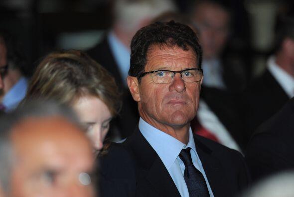 Al que se lo vio un poco solo fue a Fabio Capello, técnico de Inglaterra.
