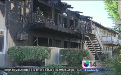 Complejo de apartamentos en San José se incendia en un día de temperatur...