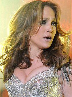 Definitivamente, J-Lo se ganó el aplauso de los presentes en cada una de...