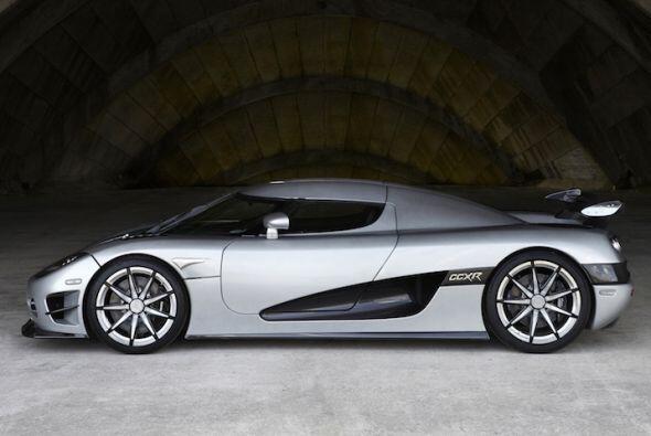 Koenigsegg CCXR Trevita 2010: Motor V8 4.8 Lts.; Potencia: 1000 HP; Acel...