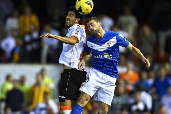 Los valencianos se fueron arriba en el marcador con un penalti cobrado p...