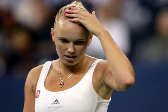 La número uno del mundo, Caroline Wozniacki, perdió en dos sets por 6-2...