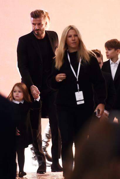 Todo el clan Beckham llegó a Nueva York para apoyar a mami Victoria.