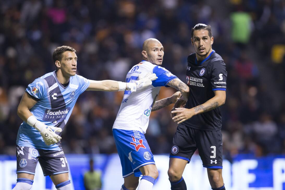 Cruz Azul venció a Puebla 2-0 en Copa MX 20180207-2295.jpg