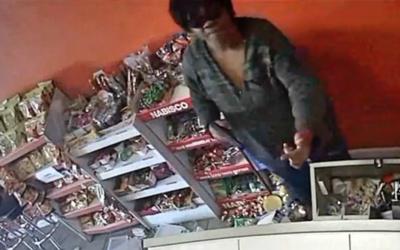 Esta mujer es acusada de seis robos a mano armada en Sur Los Ánge...