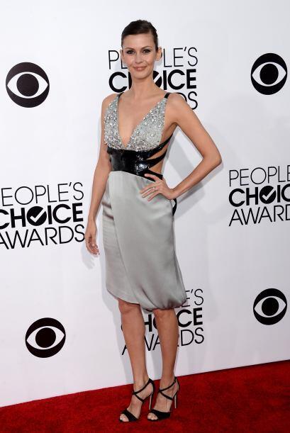 El vestido de Olga Fonda tampoco le hizo mucho bien a su figura, además...