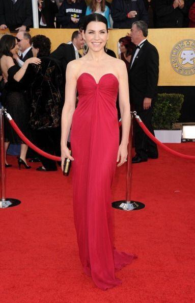 Otro vestido memorable de los Screen Actors Guild Awards fue este clásic...