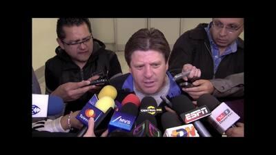 """Miguel 'Piojo' Herrera: """"Esperamos ser una roca en el zapato para Brasil"""""""
