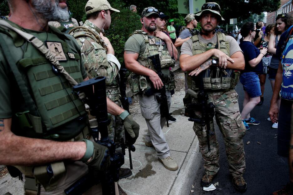 Las milicias armadas, el intimidante asistente a las protestas de Charlo...