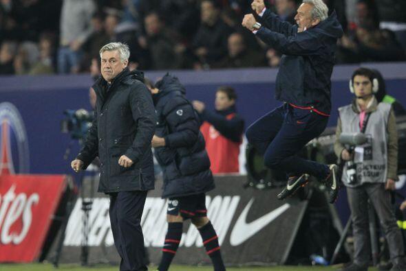 En Francia, los contrastes, Carlo Ancelotti del PSG muy triste,Gilles B...