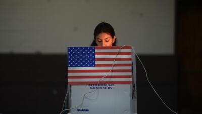 Opinión: No más insultos ni espejismos GettyImages-latino-vote.jpg