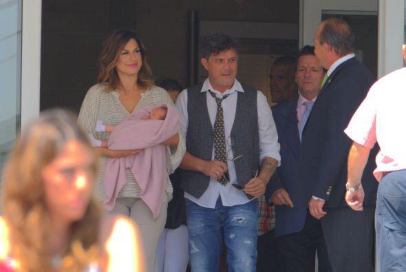 """""""Estamos muy contentos"""", fue el breve comentario que dijo Sanz a la prensa."""