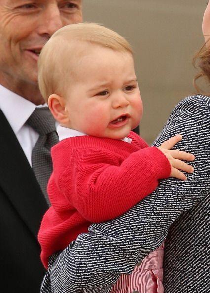 Aunque George también tiene sus momentos de adorables pucheros.
