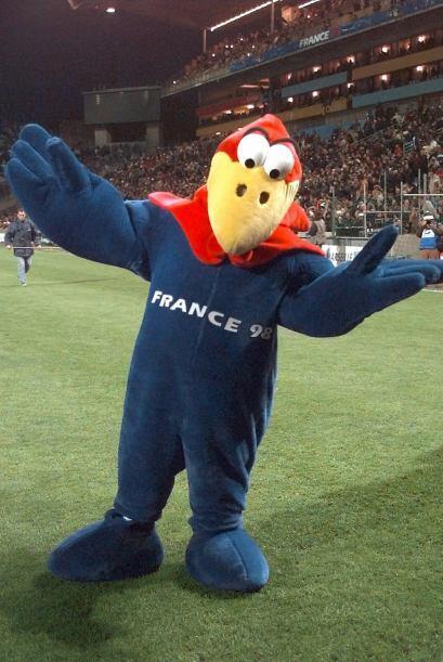 En Francia 1998 pudimos ver a Footix, un gallo hecho con los colores de...