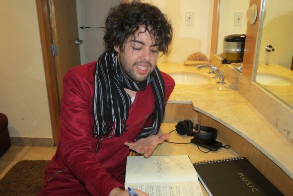 En camerinos, Raúl Vidal nos enseñó un cuaderno muy especial.
