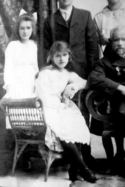 En esta foto Annie tenía la edad de 15 años, todavía no descubría su pas...