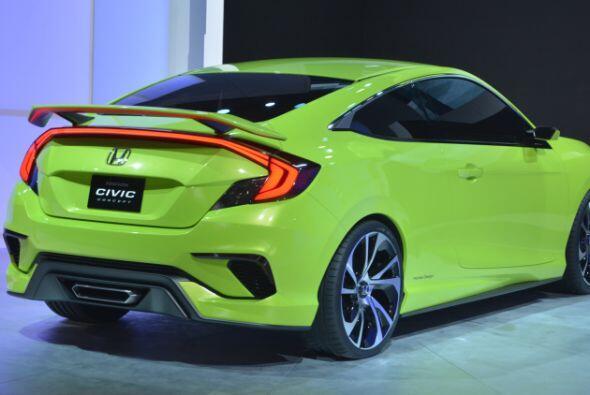 Honda Civic Concept: Diseñado con lineas agresivas y una mayor distancia...