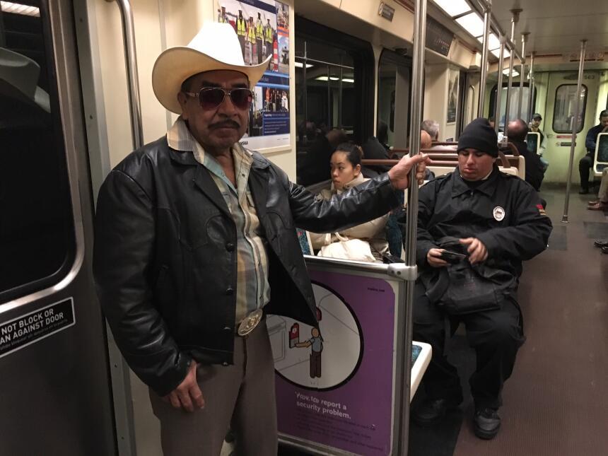 Paulino Pacheco, un inmigrante mexicano, utilizó la Línea Roja del metro...