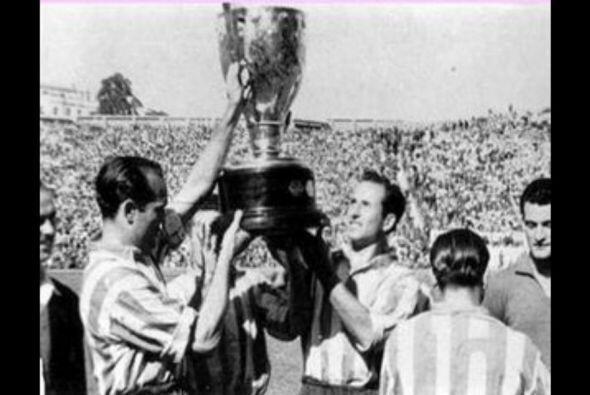 En 1966 el Real Madrid le sacaba un punto de ventaja al Atlético a falta...