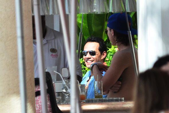 La pareja eligió hospedarse en el Sandy Lane Resort. Mira aquí los video...