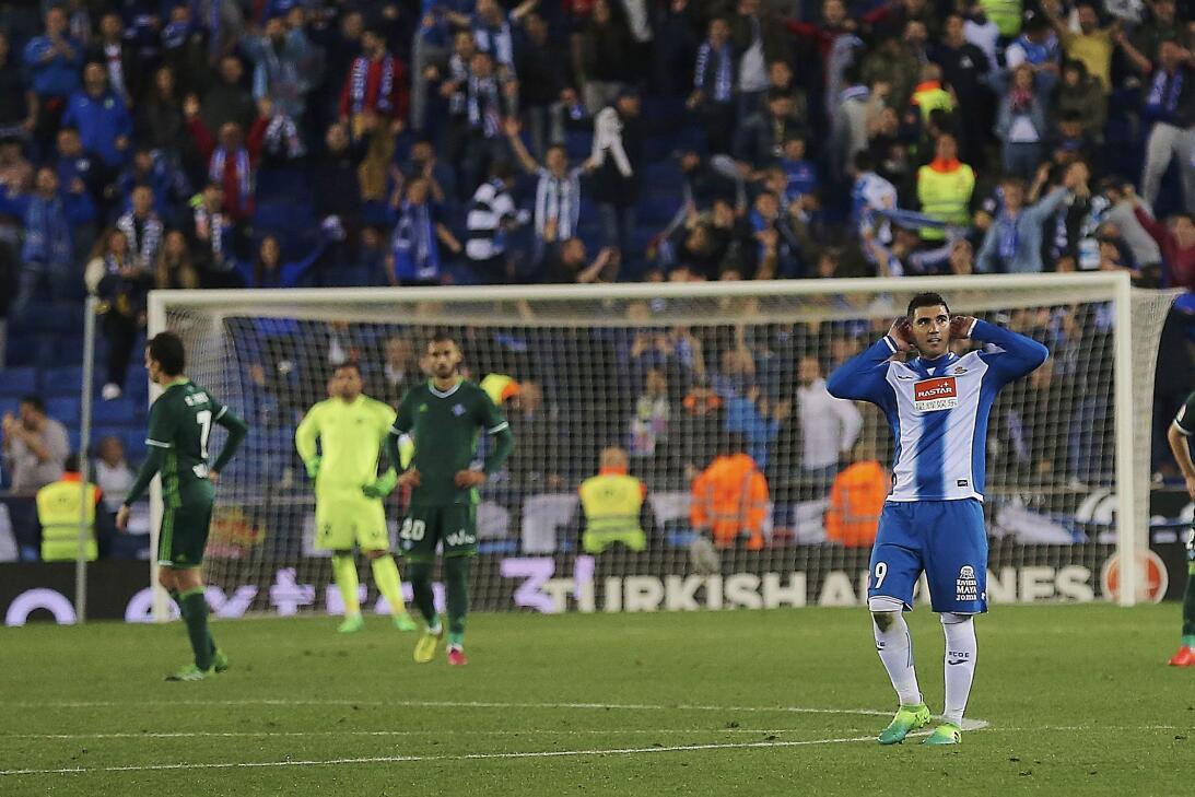 Triunfo sufrido para el Espanyol en una emocionante remontada al Betis 6...