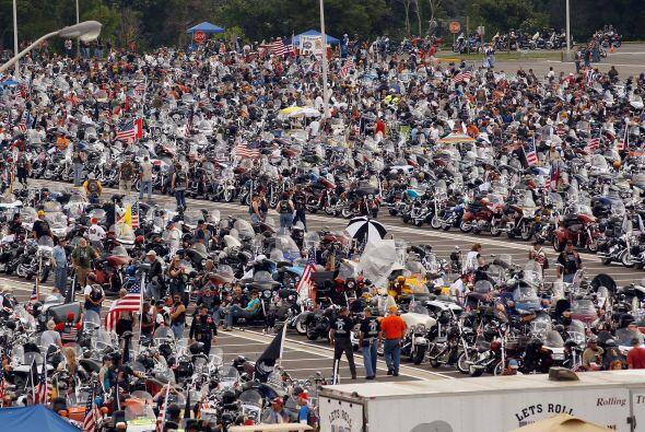 La multitud disfrutó de una de las tradiciones más patrióticas del año.