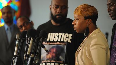 Ferguson se encuentra a la expectativa por decisión del gran jurado