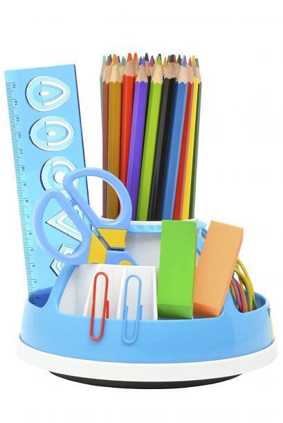 Lápices y bolígrafos. Los organizadores con varios compartimentos serán...