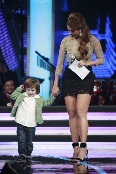 Galilea Montijo y su hijo Mateo