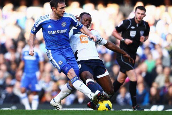 Pero faltaba más. Lampard aprovechó un descuido en la defe...