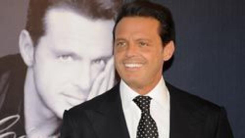 El cantante mexicano podría ser embargado en los próximos días tras la d...