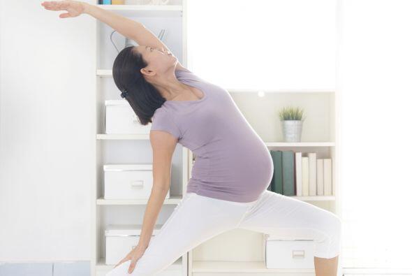 Yoga prenatal. Entre sus ventajas, puede ayudar a tonificar el suelo de...