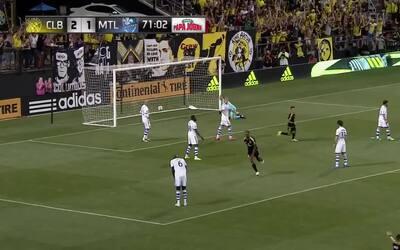 Volea impresionante del noruego Ola Kamara le da el 3-1 a Columbus