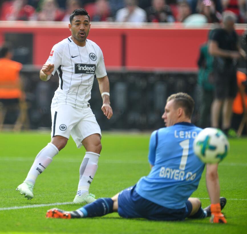 En fotos: a pesar del gol de Marco Fabián, Eintracht Frankfurt fue golea...