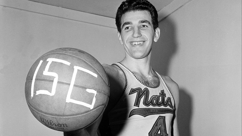 Fue seleccionado 12 veces al Juego de Estrellas de la NBA.