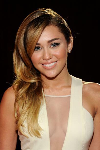 Creo que ya sabemos en qué momento Miley decidió raparse l...