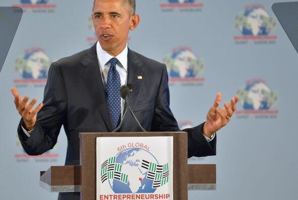 Obama da un discurso en la apertura de la Cumbre Mundial del Empresariado.