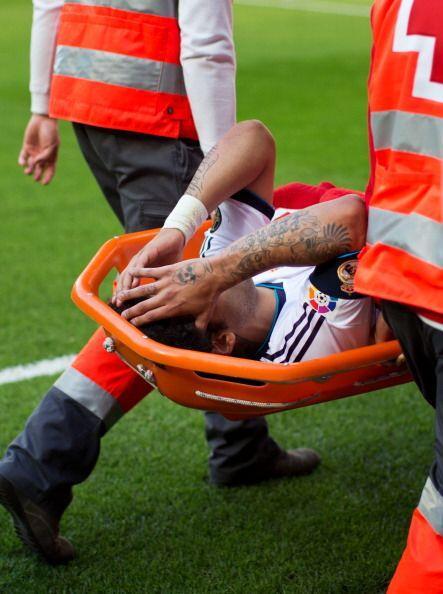 Marcelo salió en camilla y es casi seguro que no estará contra el Boruss...