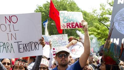 FOTOS: Miles de personas marchan por el clima en día que Trump cumple 100 días de presidente